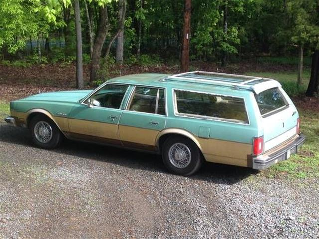 Picture of 1978 Oldsmobile Custom Cruiser Offered by  - O4KM