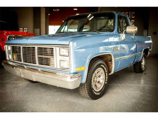 Picture of 1987 GMC Sierra located in Cadillac Michigan - $15,395.00 Offered by  - O4ZX