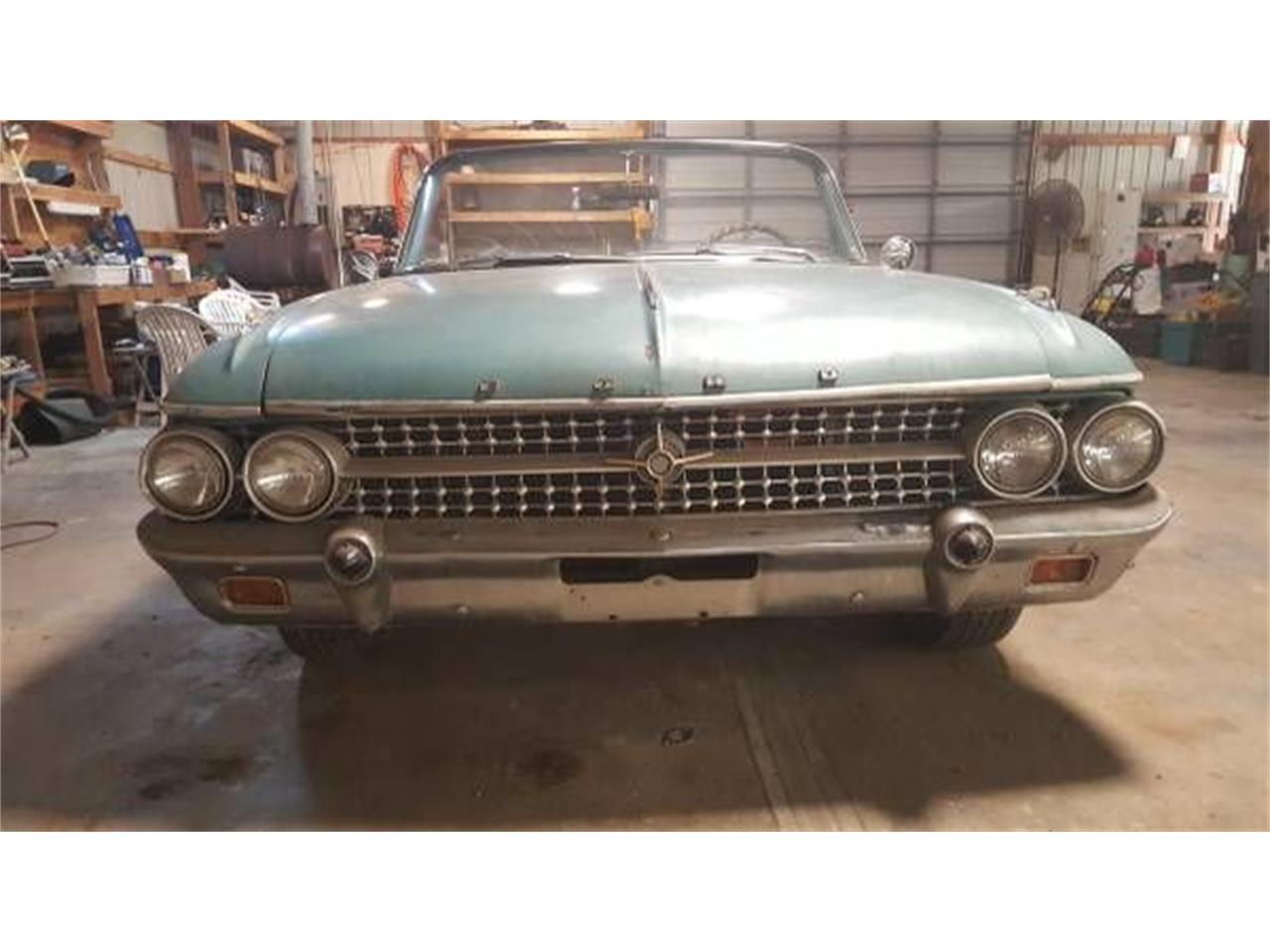 Large Picture of '61 Sunliner - O586