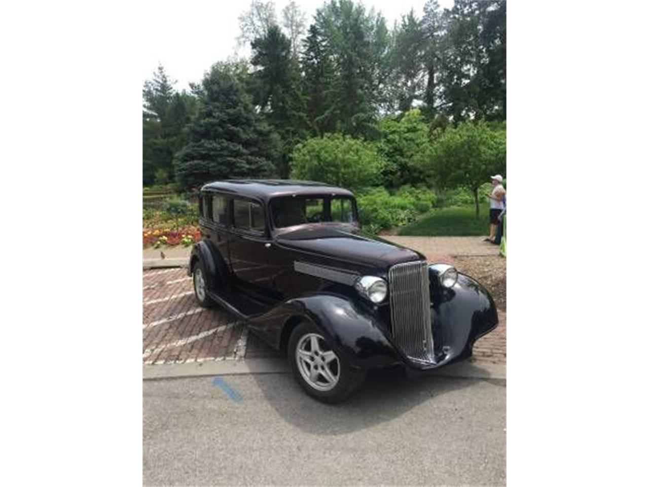 Large Picture of '34 Sedan - O596