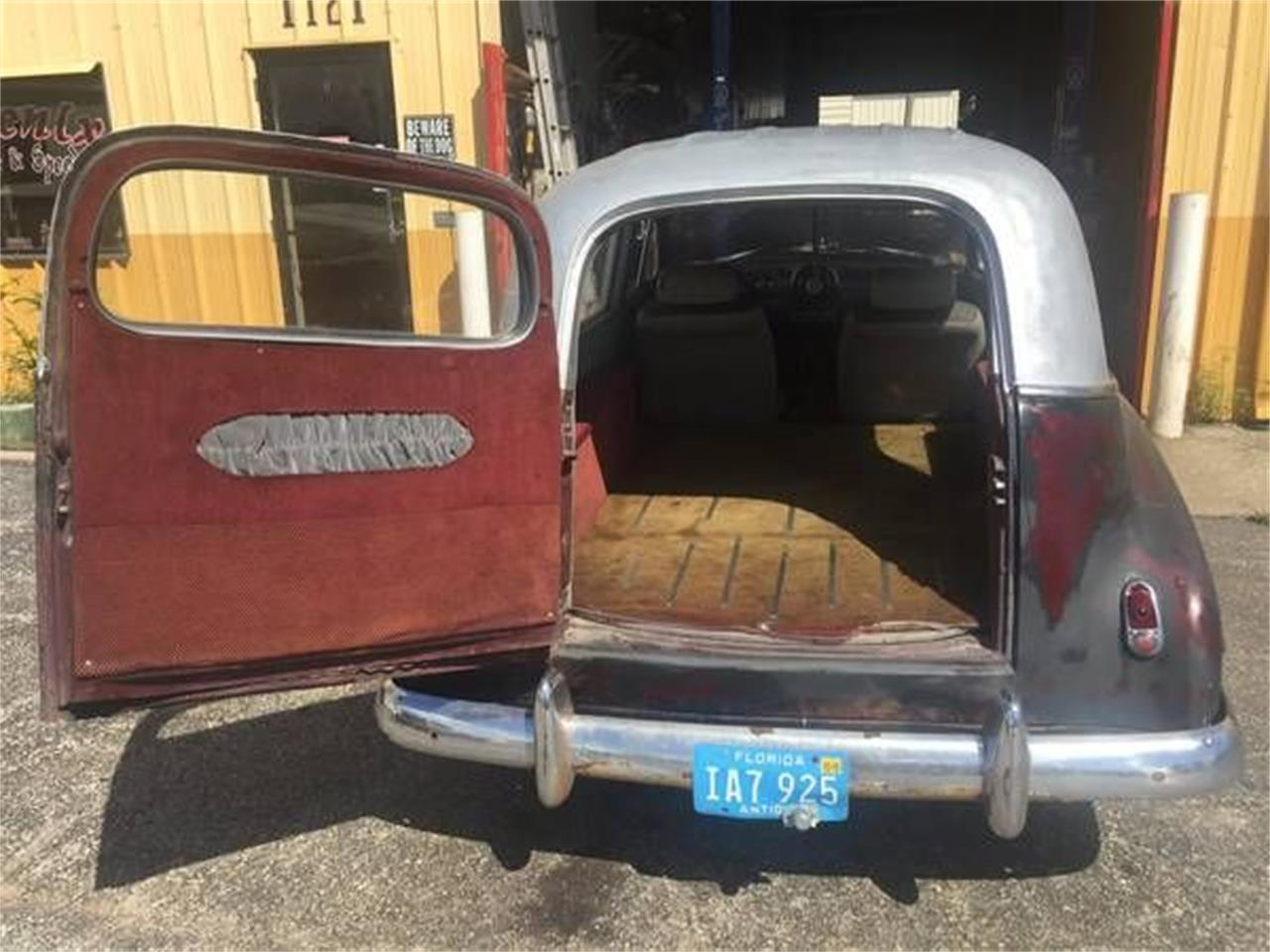 Large Picture of Classic 1950 Pontiac Hearse located in Michigan - $12,495.00 Offered by Classic Car Deals - O5FY