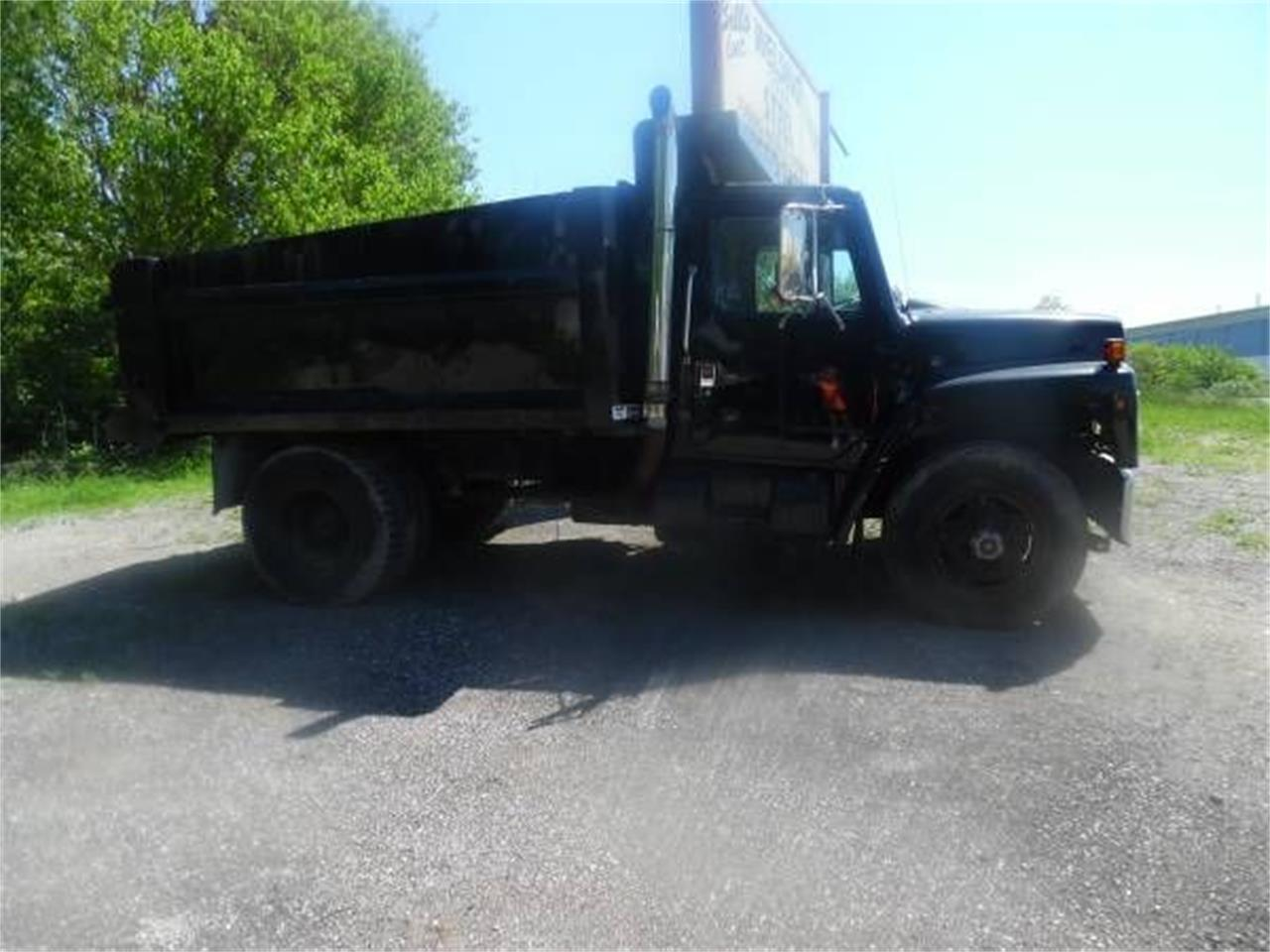 Large Picture of '87 Dump Truck - O5RI