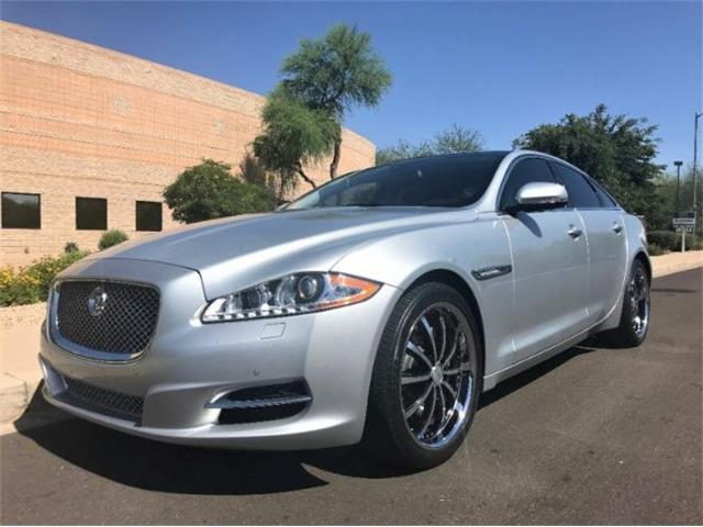 Picture of '13 Jaguar XJ located in Cadillac Michigan Offered by  - O5X5