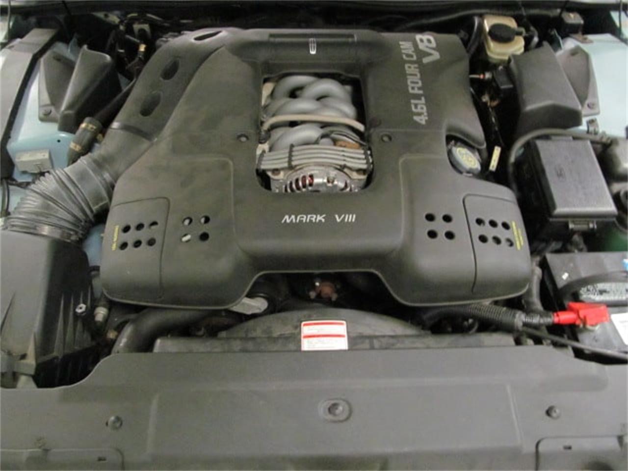 Large Picture of '93 Mark VIII - O6AI