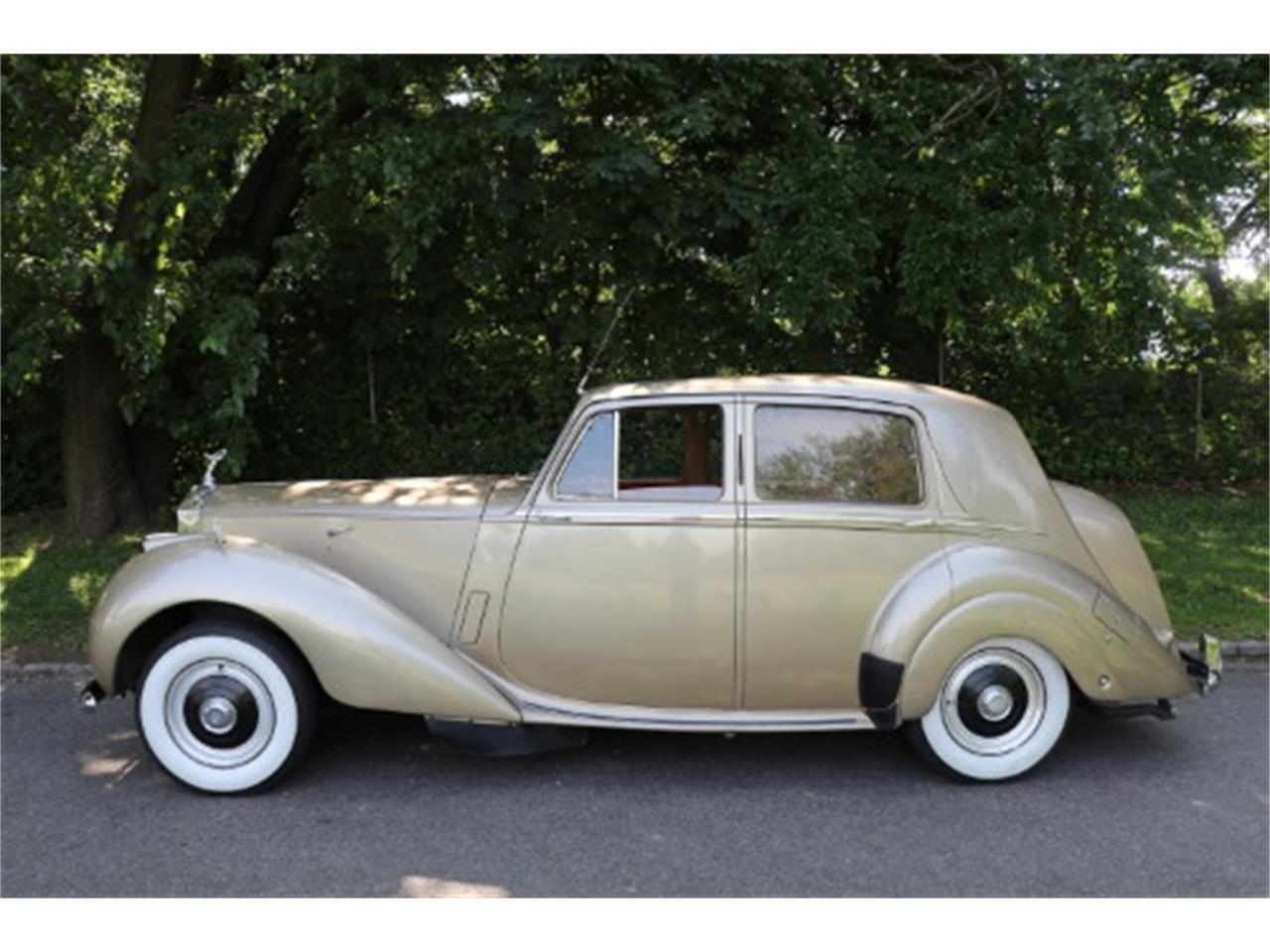 Large Picture of 1952 Rolls-Royce Silver Dawn located in Astoria New York - $46,500.00 Offered by Gullwing Motor Cars - O6NO