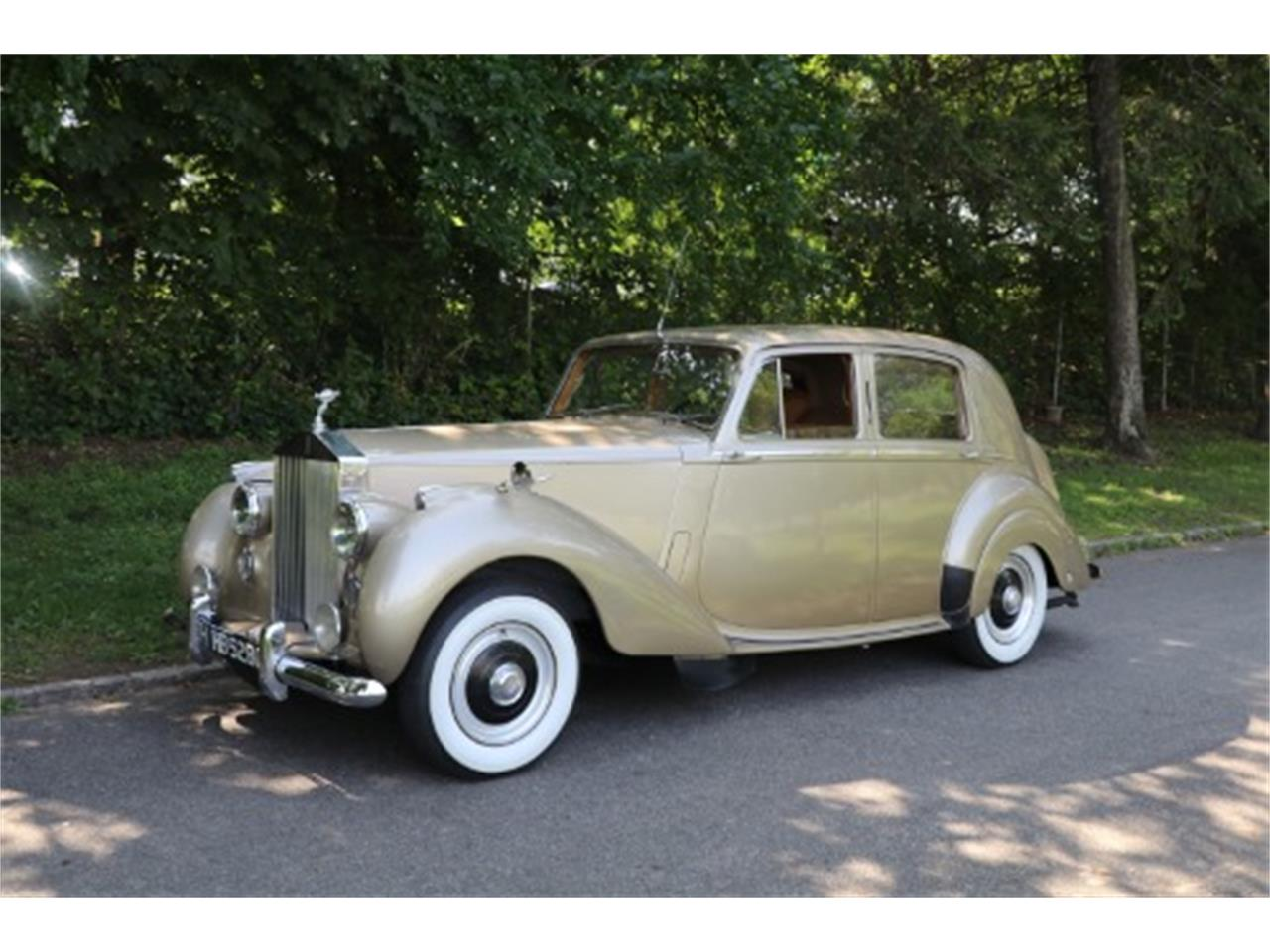Large Picture of Classic 1952 Rolls-Royce Silver Dawn - $46,500.00 Offered by Gullwing Motor Cars - O6NO