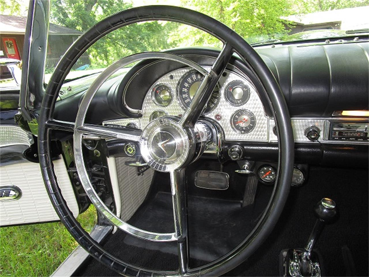 Large Picture of '57 Thunderbird - O6R3