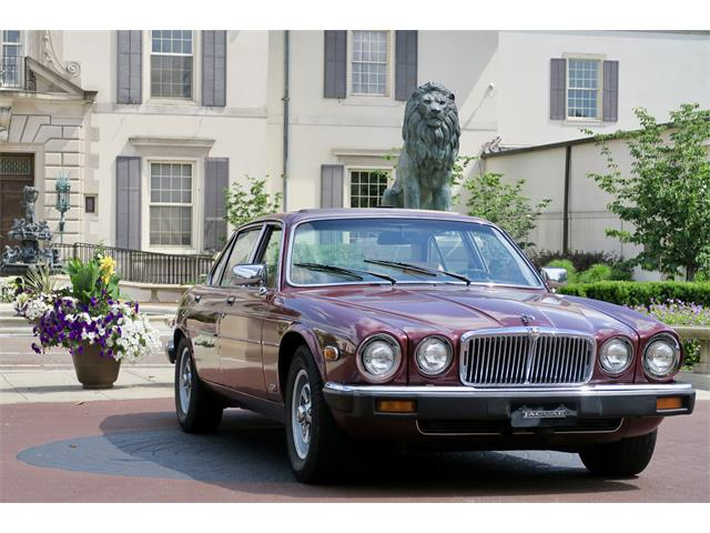 Picture of 1986 Jaguar XJ6 located in Detroit Michigan - $10,900.00 Offered by a Private Seller - O6TK