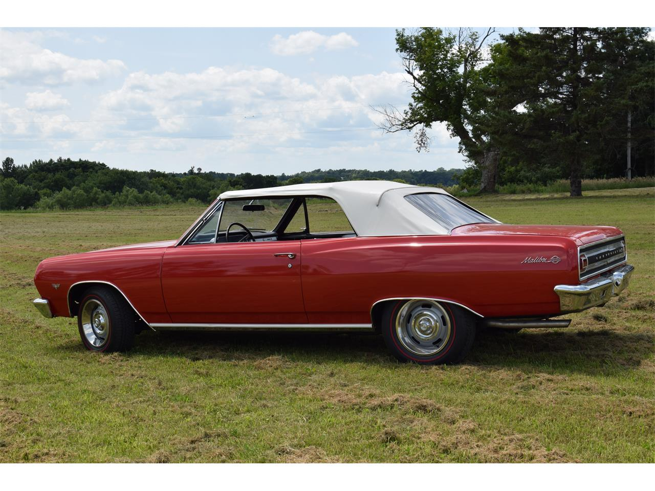 Large Picture of '65 Chevelle Malibu - O6UH