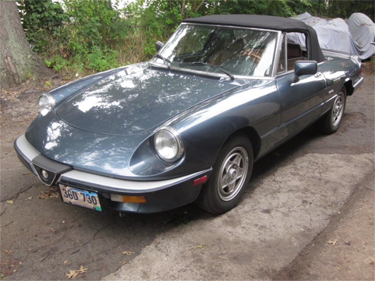 Large Picture of 1987 2000 Spider Veloce located in Connecticut - O72H