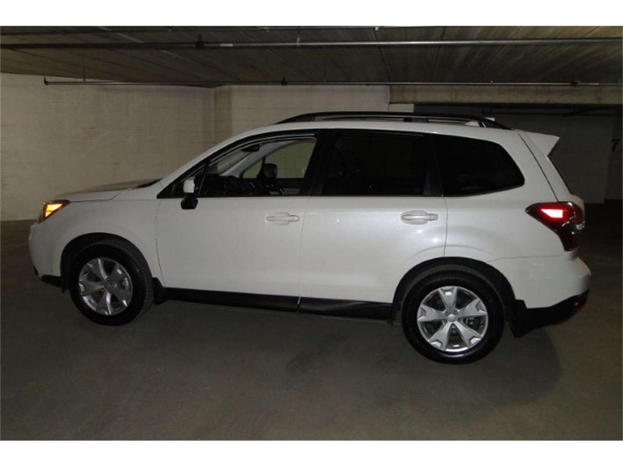 Large Picture of '16 Subaru Forester - $23,900.00 - O7AC