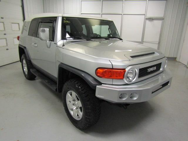 Picture of 2007 FJ Cruiser located in Christiansburg Virginia - O7AM