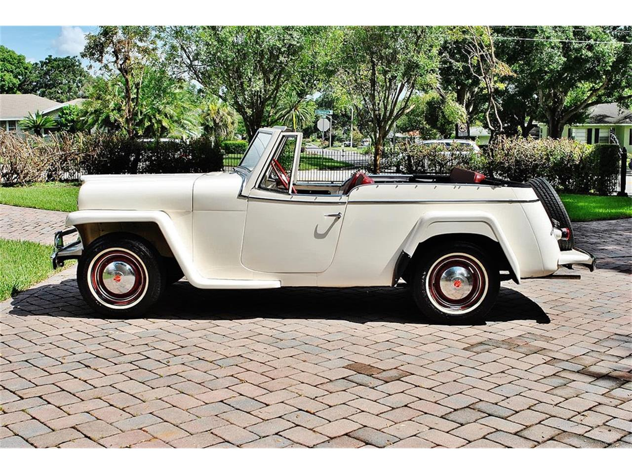Large Picture of Classic 1950 Jeepster Offered by Primo Classic International LLC - O7F5