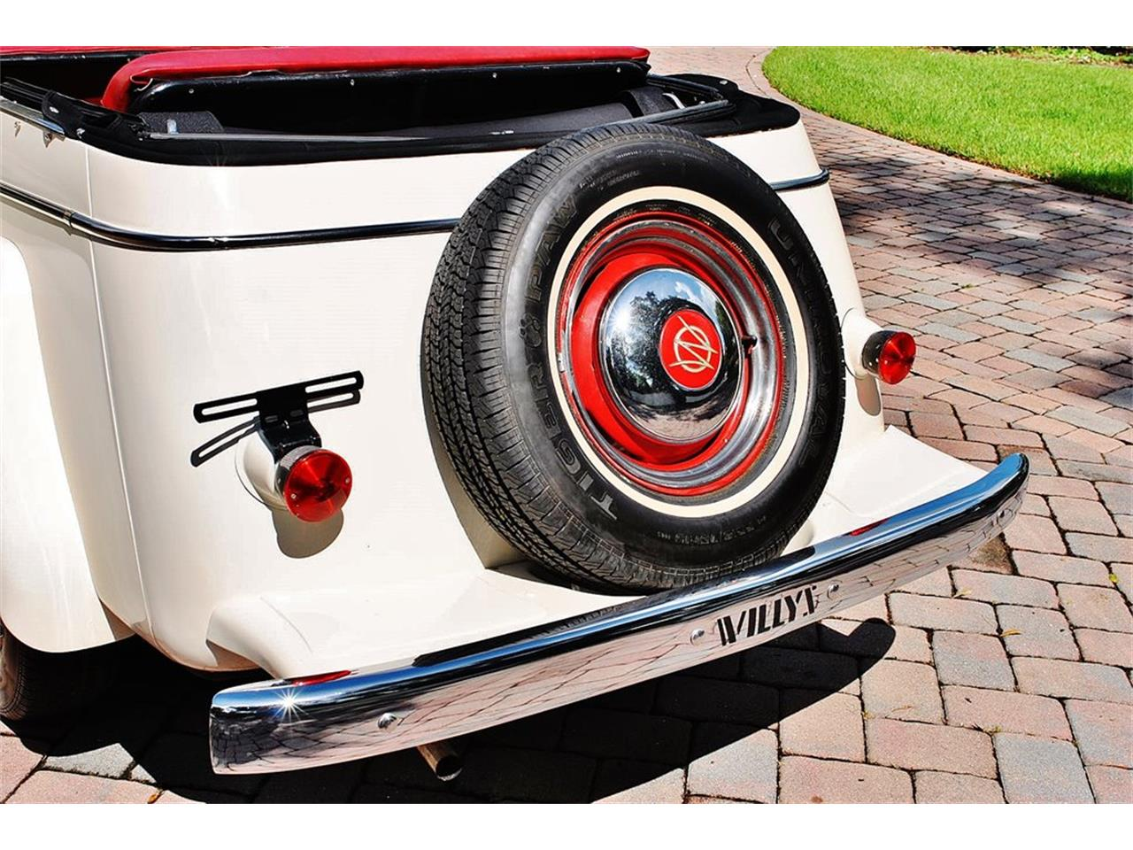 Large Picture of Classic 1950 Willys Jeepster - O7F5