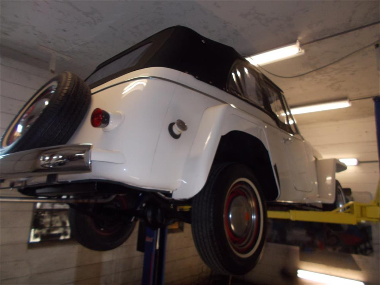 Large Picture of Classic '50 Willys Jeepster Offered by Primo Classic International LLC - O7F5