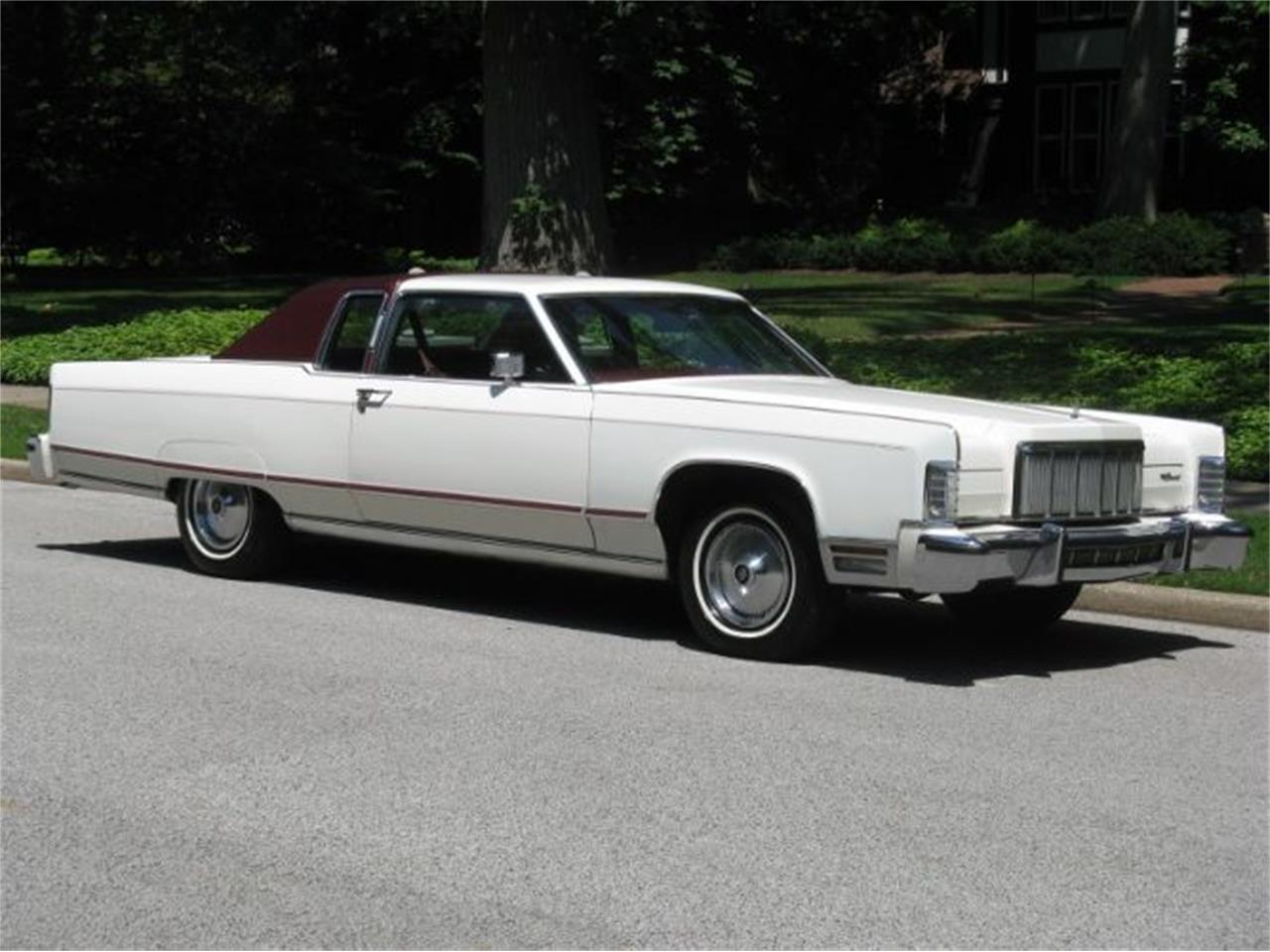 Picture of '76 Continental - O7NS
