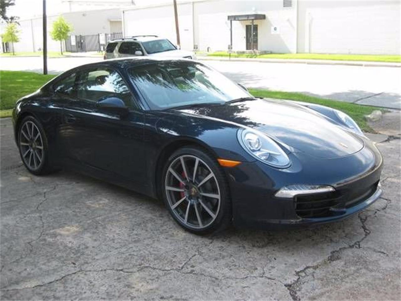 Large Picture of '12 911 located in Cadillac Michigan Offered by Classic Car Deals - O0YO