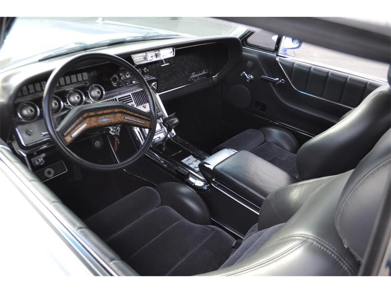 Large Picture of '64 Thunderbird - O7VE