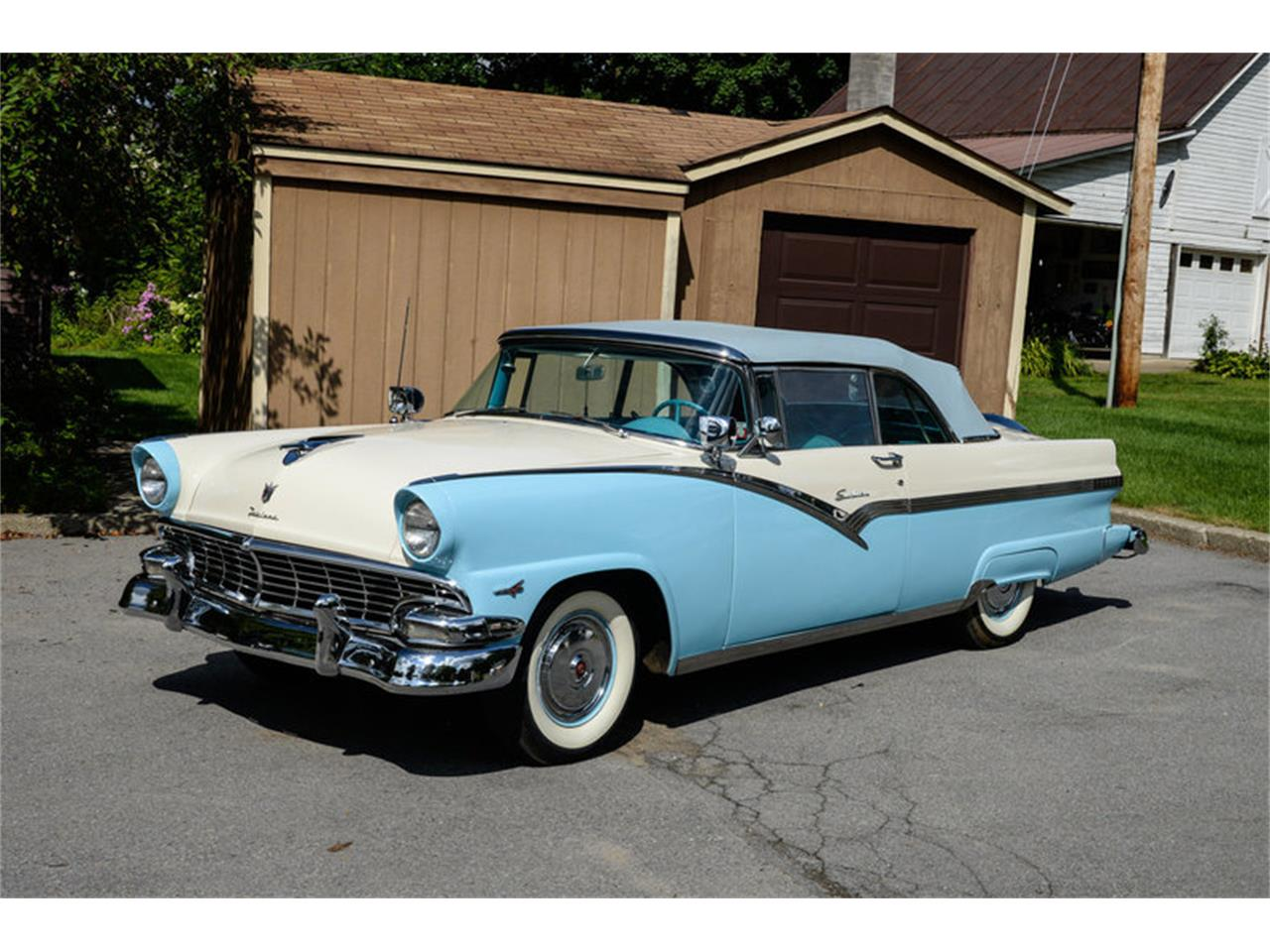 Large Picture of '56 Fairlane - O8OQ
