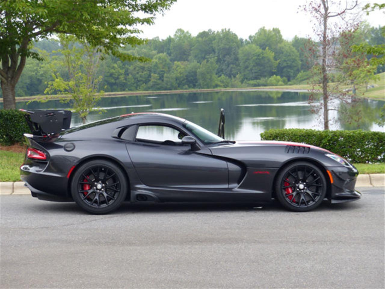 Large Picture of 2017 Dodge Viper - $189,990.00 Offered by Hendrick Performance - O8PZ