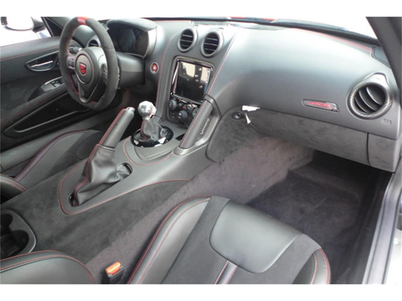 Large Picture of '17 Dodge Viper - $189,990.00 - O8PZ