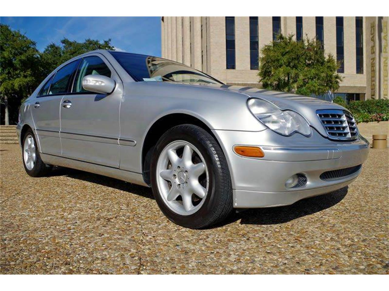Picture of '04 C-Class - O8V5