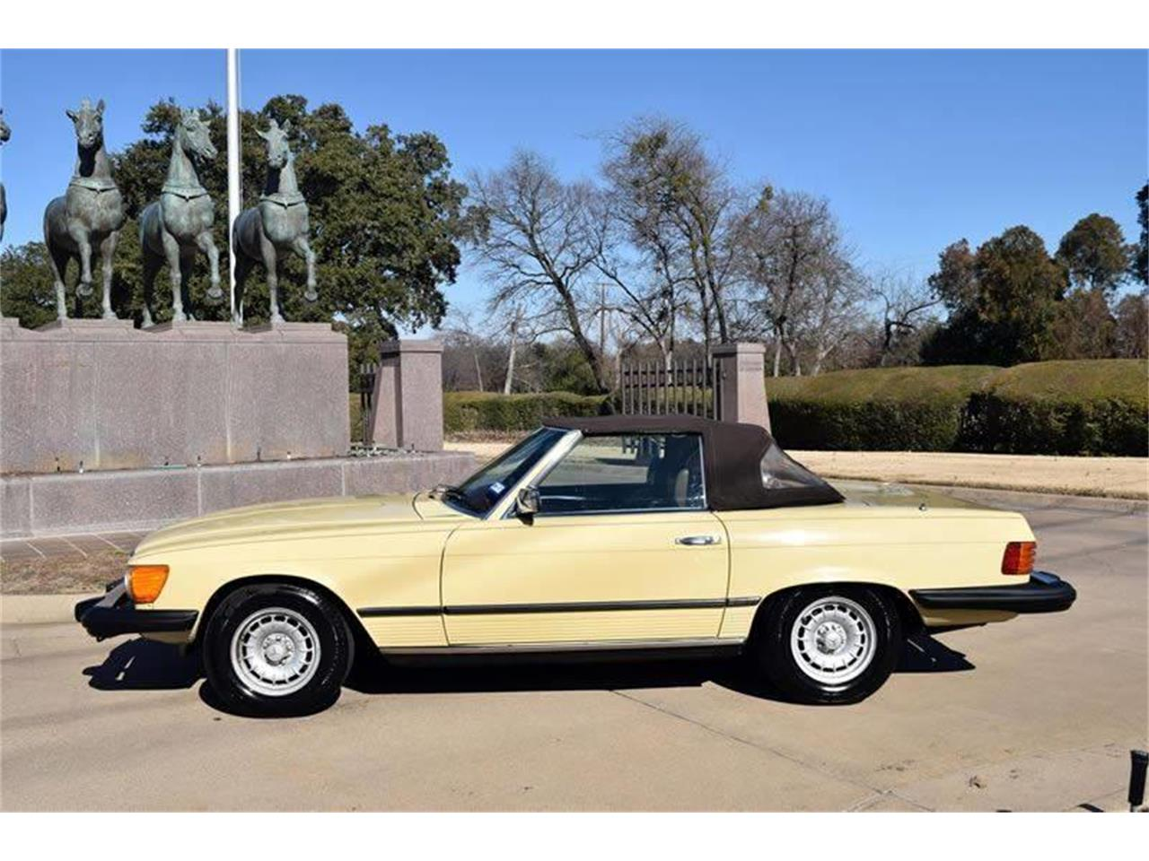 Large Picture of '79 450SL Offered by European Motor Cars LTD - O8W3