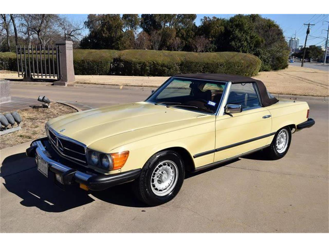 Large Picture of '79 Mercedes-Benz 450SL located in Texas - $17,900.00 Offered by European Motor Cars LTD - O8W3