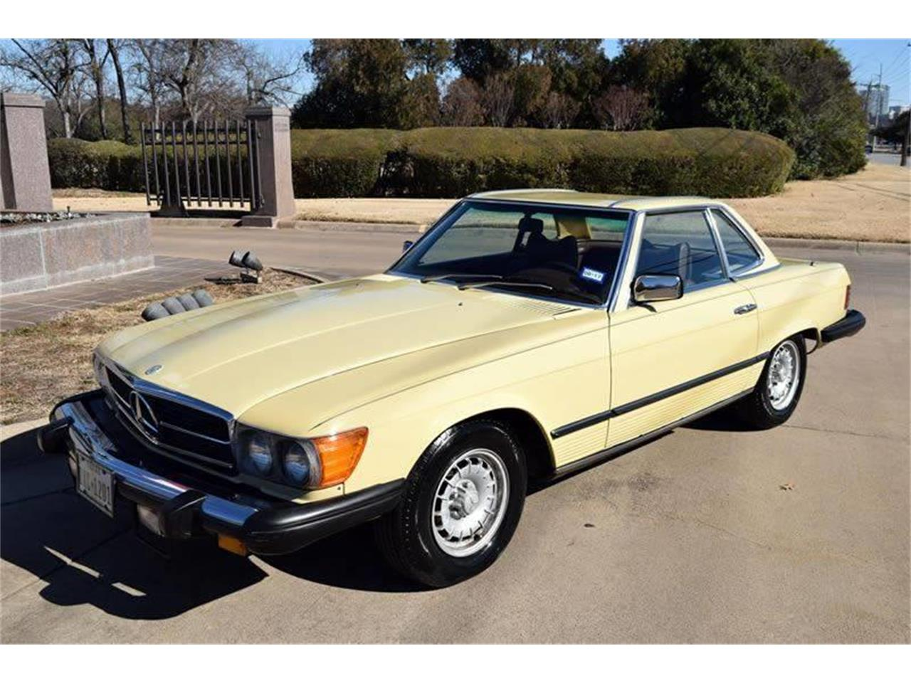 Large Picture of 1979 Mercedes-Benz 450SL - $17,900.00 Offered by European Motor Cars LTD - O8W3