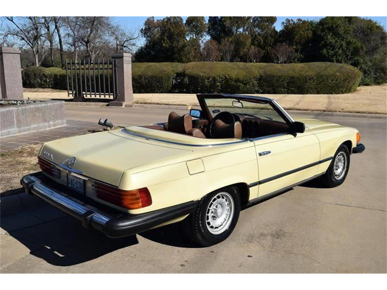 Large Picture of 1979 Mercedes-Benz 450SL located in Fort Worth Texas - $17,900.00 Offered by European Motor Cars LTD - O8W3