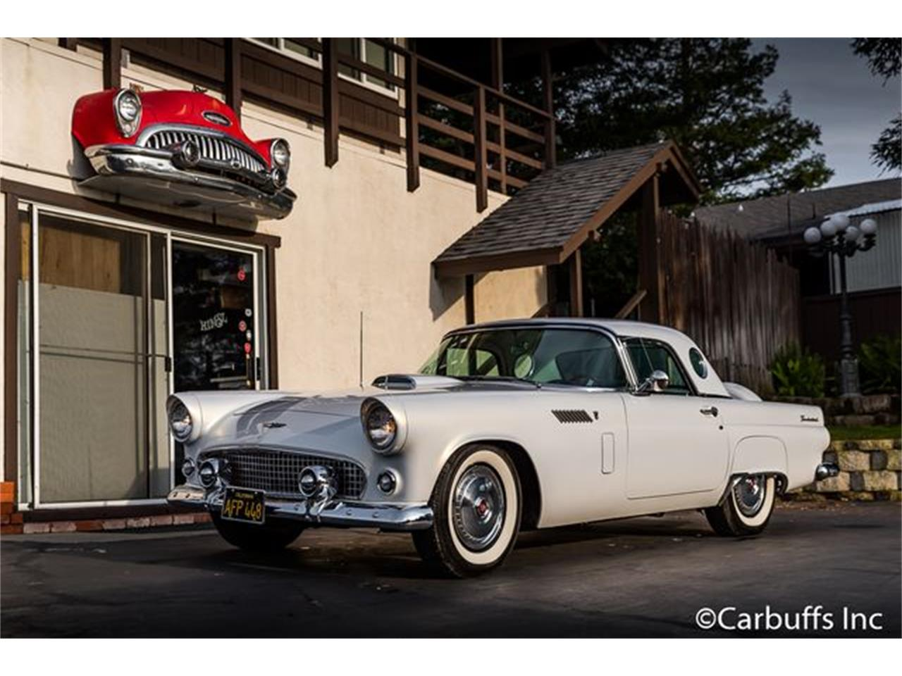 Large Picture of '56 Thunderbird - O8W7