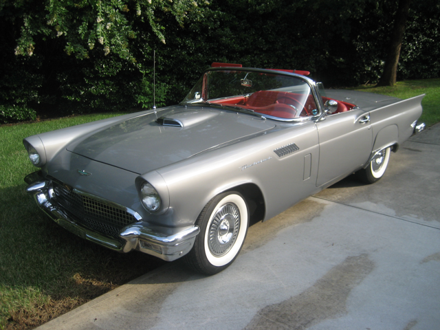 Picture of Classic '57 Thunderbird Auction Vehicle - O8XV