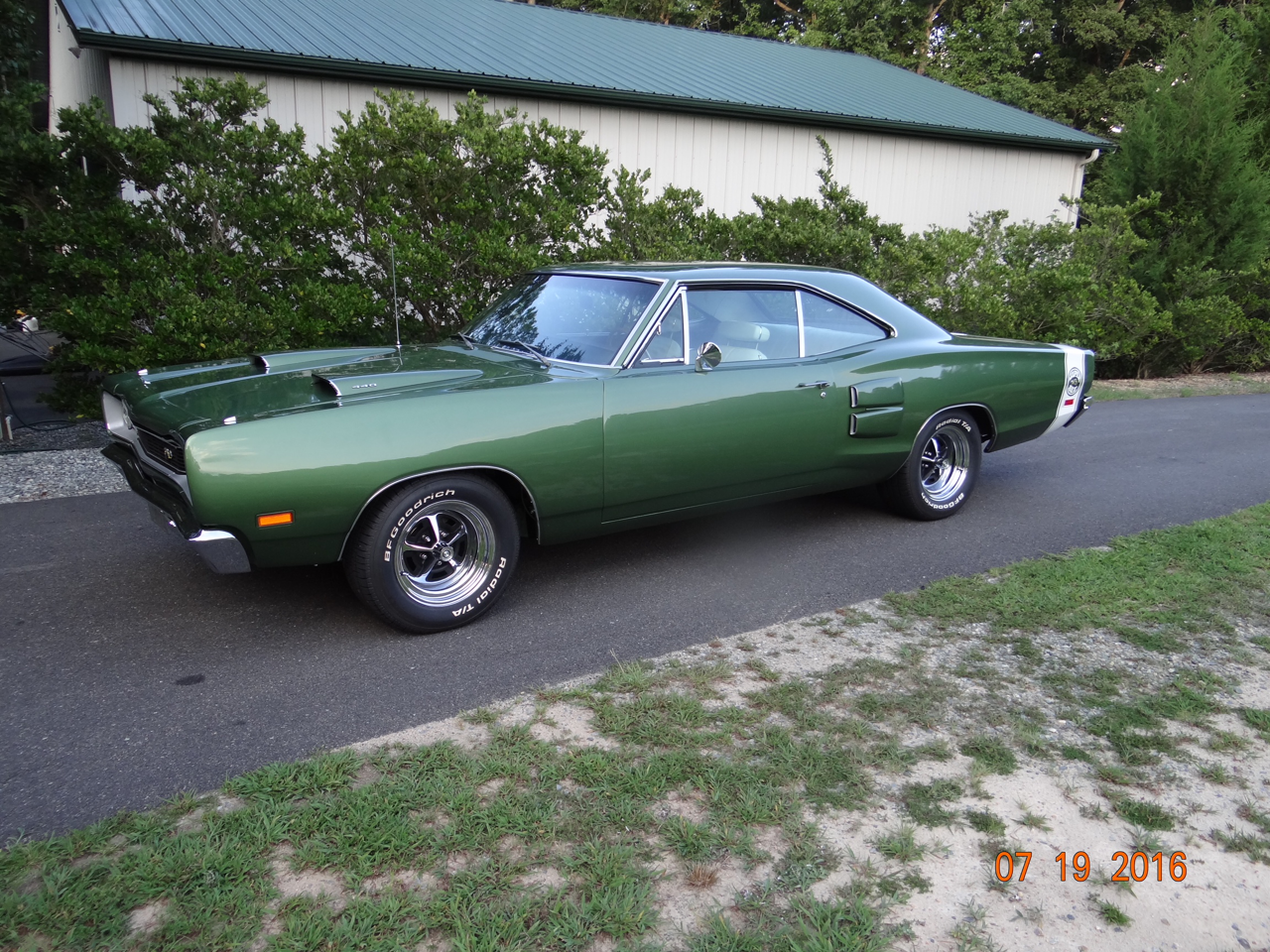 Large Picture of '69 Super Bee - O8YC