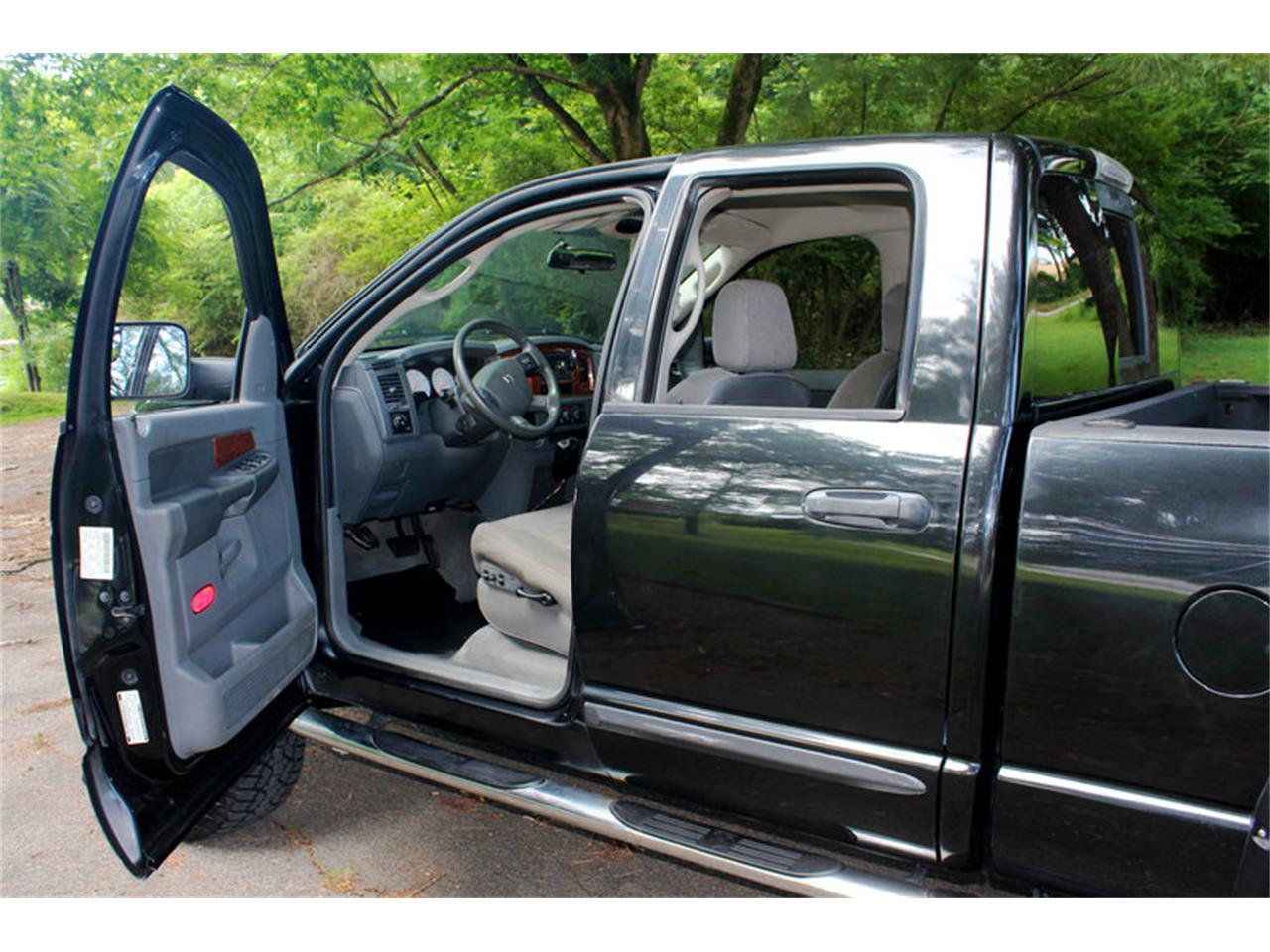 Large Picture of '06 Ram - $17,500.00 - O91U