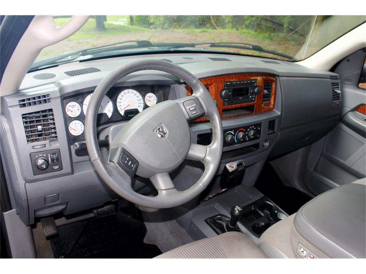 Large Picture of '06 Dodge Ram located in Tennessee - $17,500.00 - O91U