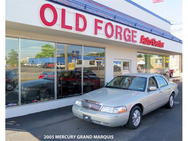 Picture of '05 Grand Marquis - O935