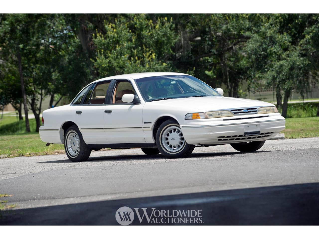 Picture of '95 Crown Victoria - O81G
