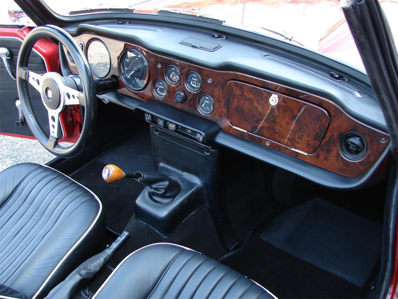 Large Picture of Classic 1968 TR250 - O97H