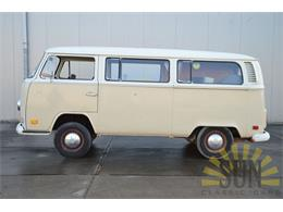 Picture of Classic 1972 Volkswagen Bus Offered by E & R Classics - O9D9