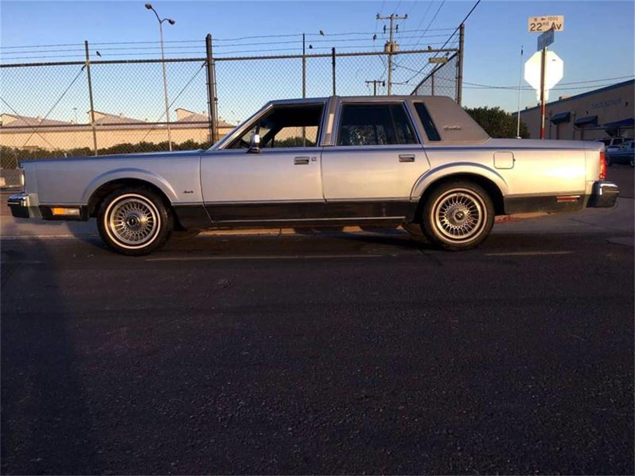 Picture of '84 Town Car - O9MN
