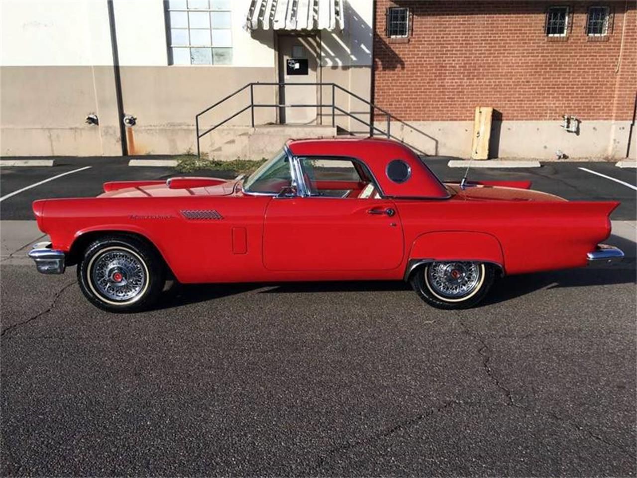 Picture of '57 Thunderbird - O9MP