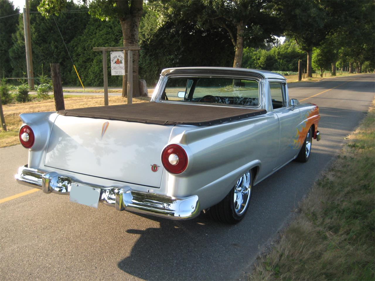 Large Picture of Classic 1957 Ford Ranchero Offered by a Private Seller - O9O7