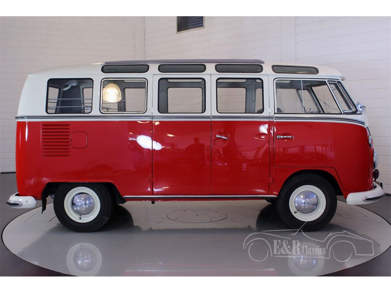 Large Picture of Classic '66 Bus located in Noord-Brabant - $121,650.00 - O9OE