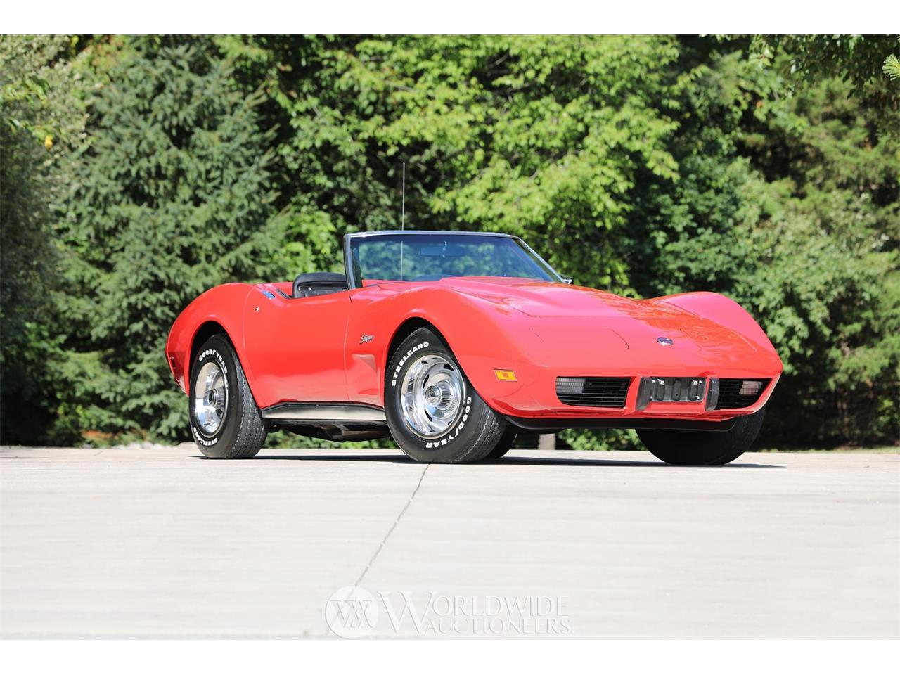 Large Picture of '75 Corvette - O839