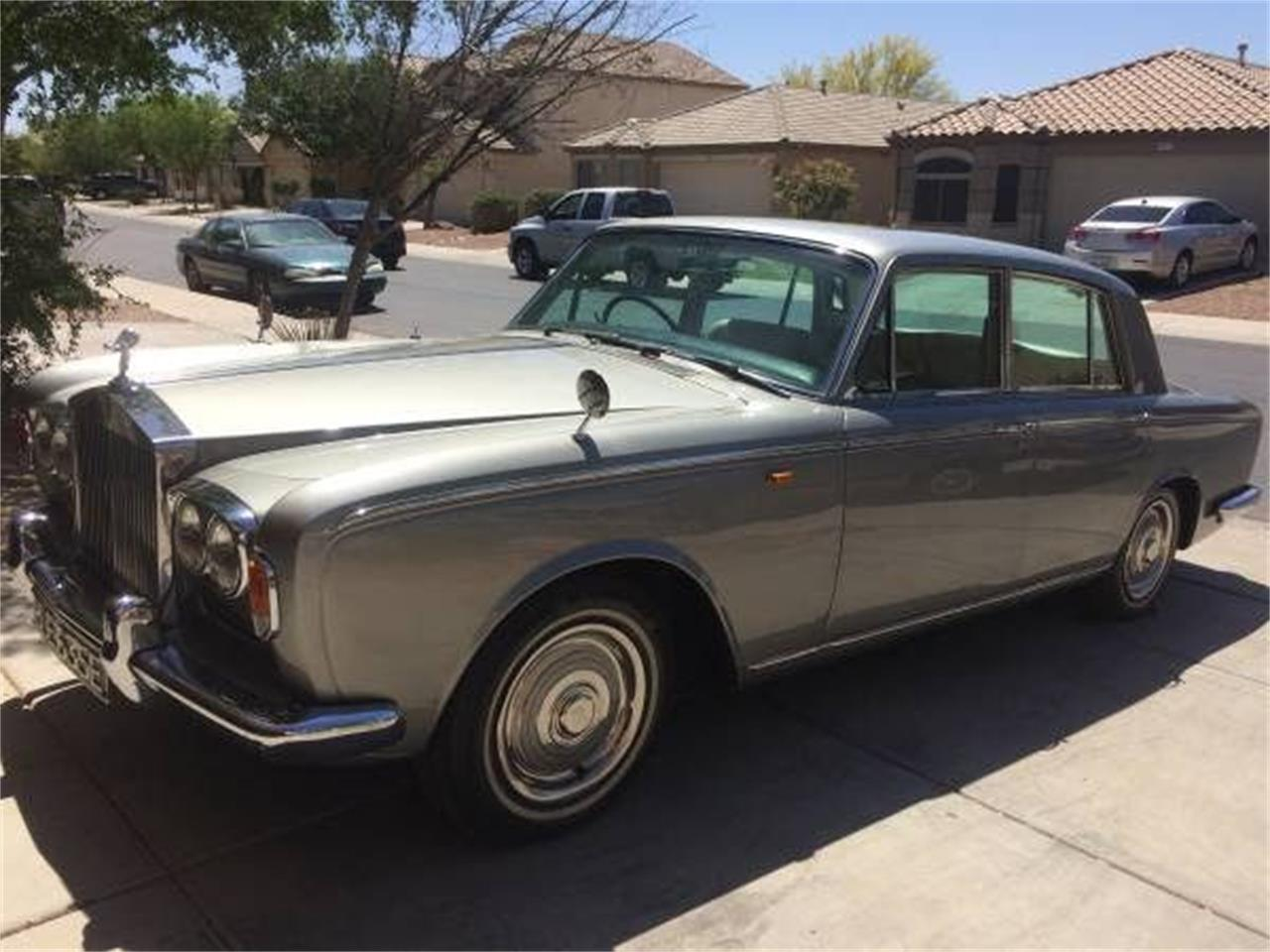 Classic Rolls-Royce Silver Shadow for Sale