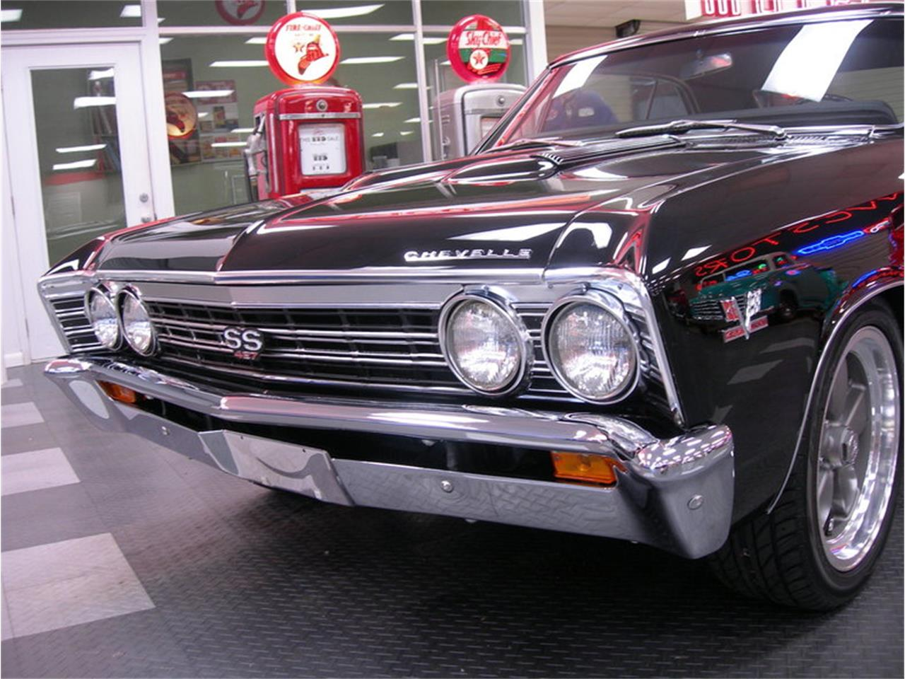 Large Picture of '67 Chevelle - O9ZR