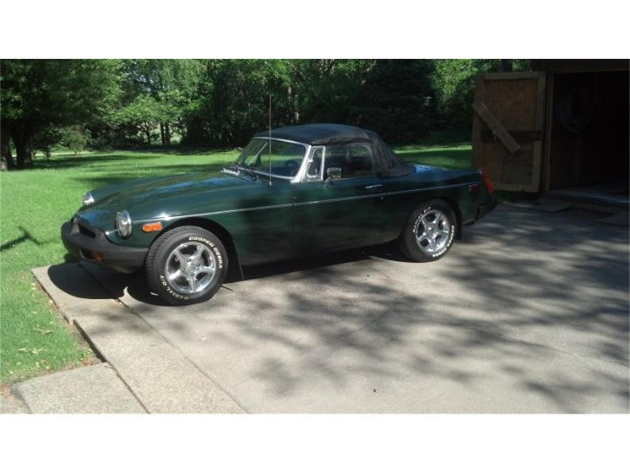 Picture of '77 MGB - OA1B