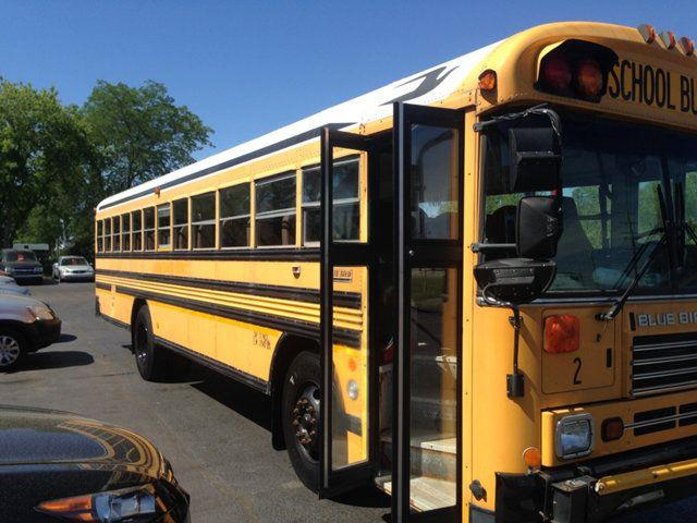 Picture of '00 Bus - O85D