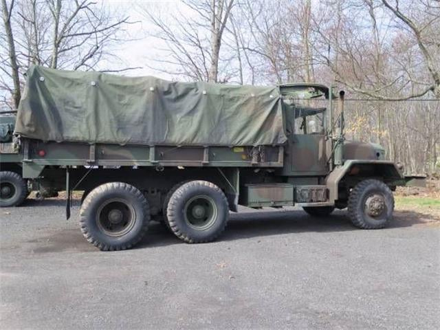 Picture of Classic '71 M813 Offered by  - O85E