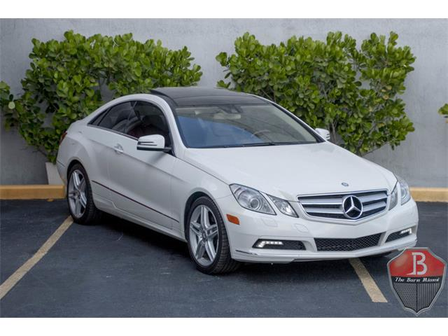 Picture of 2011 Mercedes-Benz E350 located in Miami Florida Offered by  - OAKK